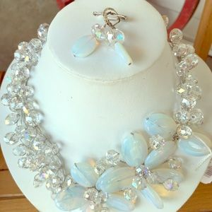 Jewelry - Lovely moonstone +crystal wire wrapped Choker set